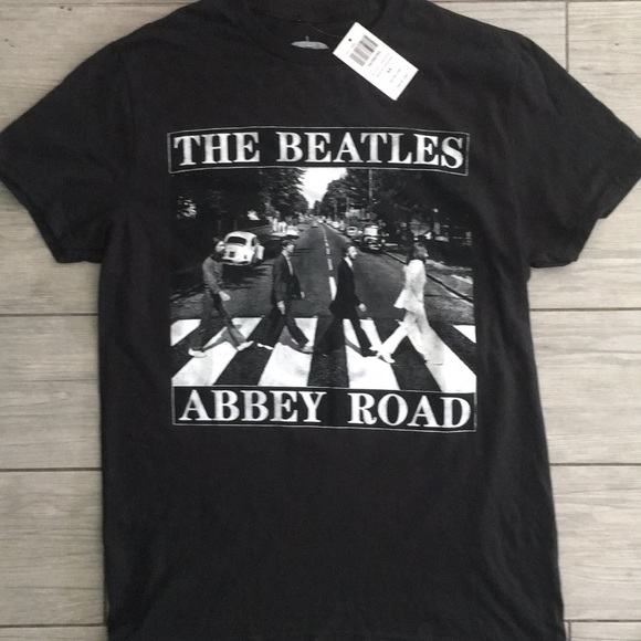 The Beatles Tops - The Beatles Abbey Road Black T Shirt